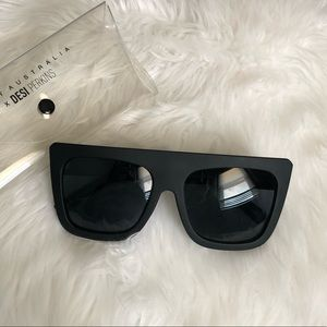 New! Cafe racer Quay Australia sunglasses 🕶